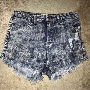 CLeo Jean Shorts Acid washed sz 16. High waisted
